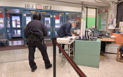 Massive school safety agent shortage looms in NYC as vaccine mandate set to take effect